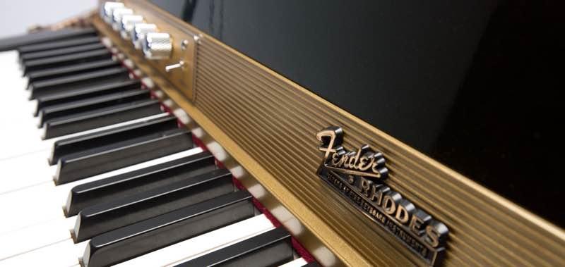 Clavier Rhodes, à mi-chemin entre piano et vibraphone